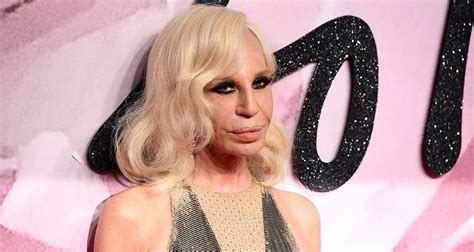 What Happened to Donatella Versace's Face? A Look at