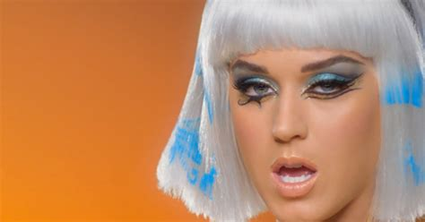 Katy Perry and Juicy J Walk Like Egyptians in 'Dark Horse